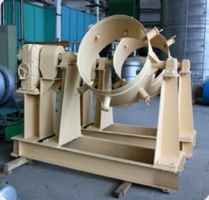 Контователь контейнеров и шнековый питатель для предприятий топливного цикла АЭС1